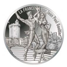 10 euros Roussillon Dansant