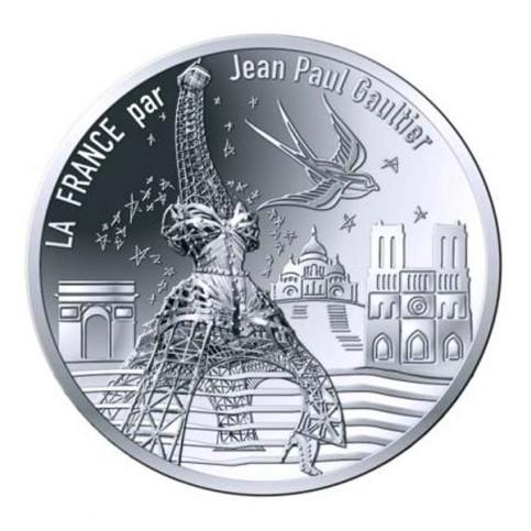 10 euros Paris, Universelle