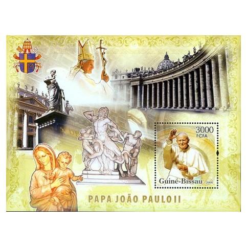 Bloc Feuillet Papes et Vatican -Guinée Bissau 2010