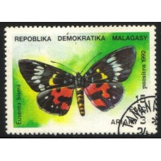 PAPILLONS - 200 TIMBRES DIFFERENTS