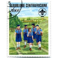 SCOUTISME - 100 TIMBRES DIFFERENTS