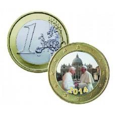 Rencontre entre le Pape François et Benoît XVI - 1 euro domé en couleur